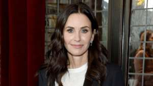 Courteney Cox's Teen Daughter Coco Does Her Makeup - Check It Out!