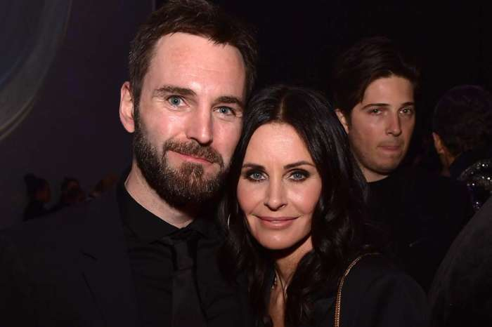 Courteney Cox Gets Emotional Over Missing Her BF Johnny McDaid While Quarantined Separately!