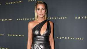 KUWK: Khloe Kardashian Responds To Criticism Over The Family's Young Ones Playing Together Despite Social Distancing Rules!