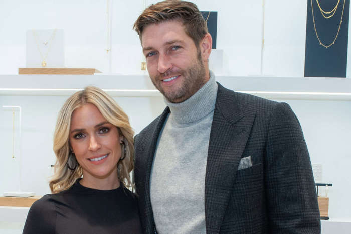 Kelly Henderson Addresses The Rumors She Had An Affair With Jay Cutler When He Was Still Married To Kristin Cavallari!