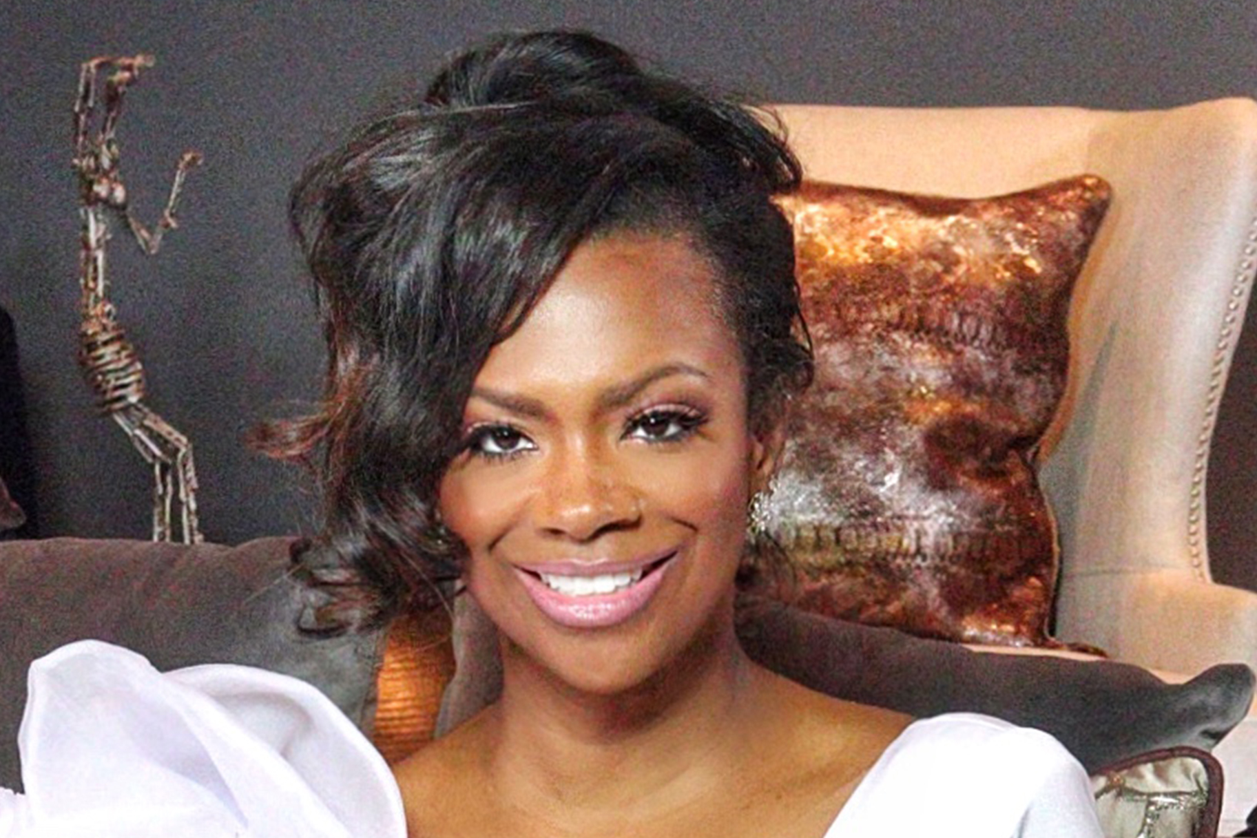 Kandi Burruss Is Getting Better At Makeup - Check Out The Latest Look She Created
