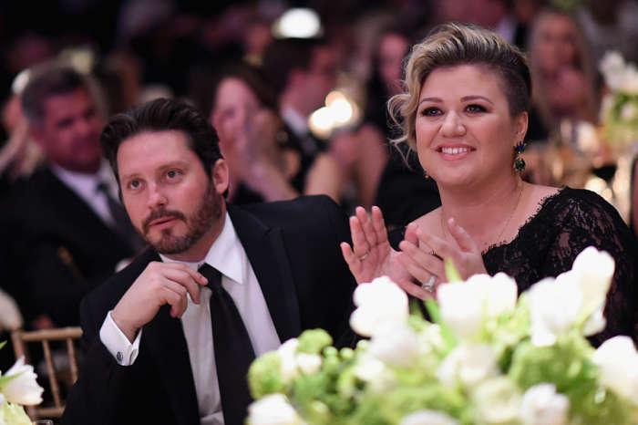 Kelly Clarkson Sold Two Of Her Homes Before Brandon Blackstock Split