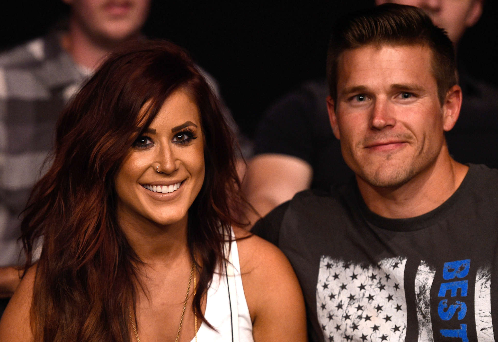 cole-deboer-pays-loving-tribute-to-his-rock-chelsea-houska-and-its-so-sweet