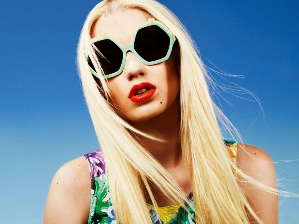 iggy-azalea-steps-out-in-public-for-the-first-time-since-secretly-giving-birth
