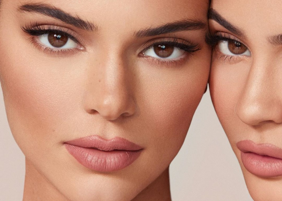 kendall-kylie-jenner-put-on-racy-display-to-promote-new-makeup-line