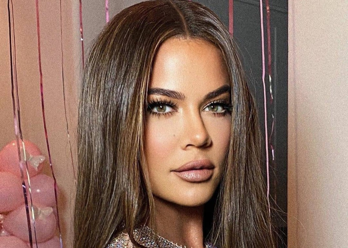 """khloe-kardashian-is-a-brunette-goddess-in-new-birthday-photos"""