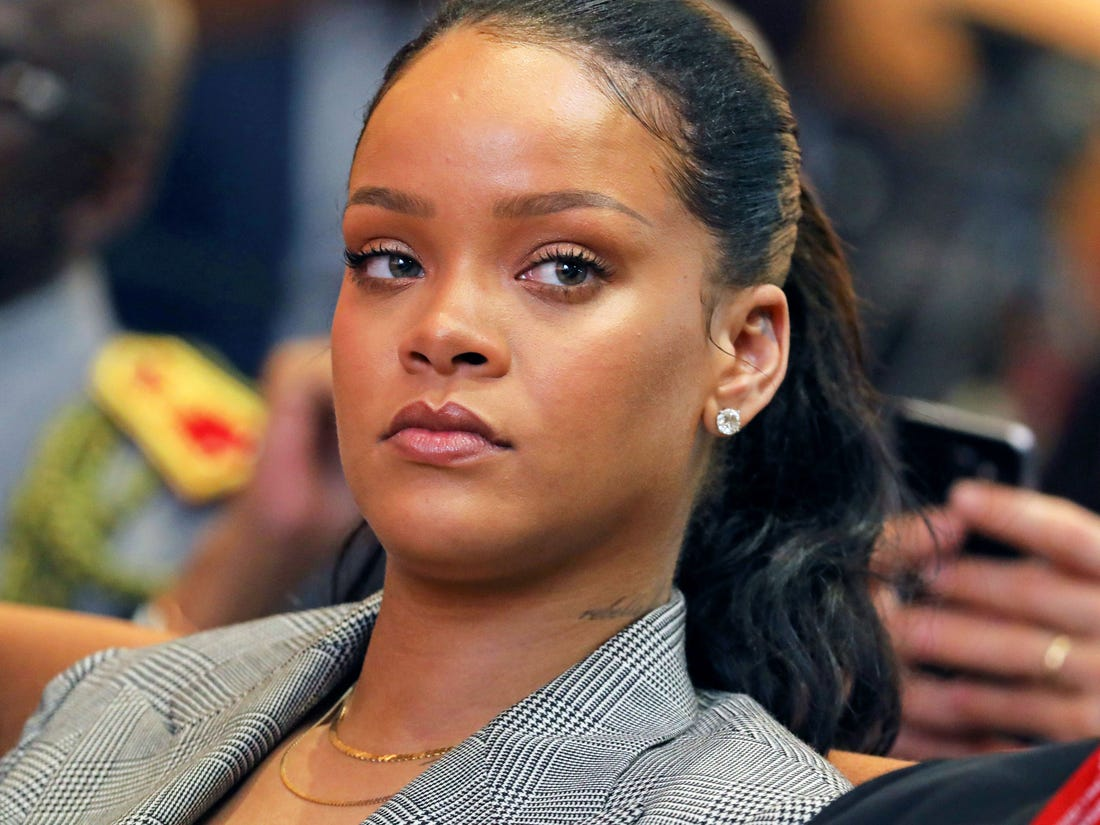 """""""rihanna-demands-justice-for-breonna-taylor-says-her-killers-are-just-at-home-watching-netflix-more-than-100-days-after-her-death"""""""