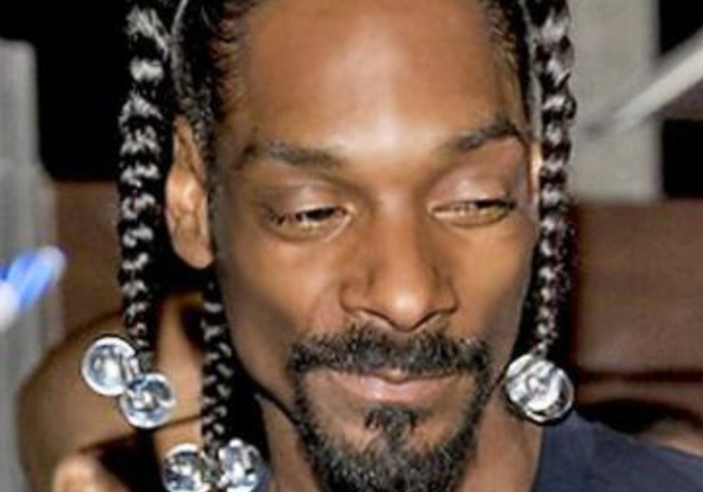"""""""snoop-dogg-accused-of-being-a-hypocrite-after-twitter-post-reveals-his-latest-collaboration"""""""