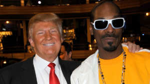 Snoop Dogg Says He 'Can't Stand To See This Punk' Donald Trump 'In Office One More Year' - Promises To Vote For The First Time In His Life!