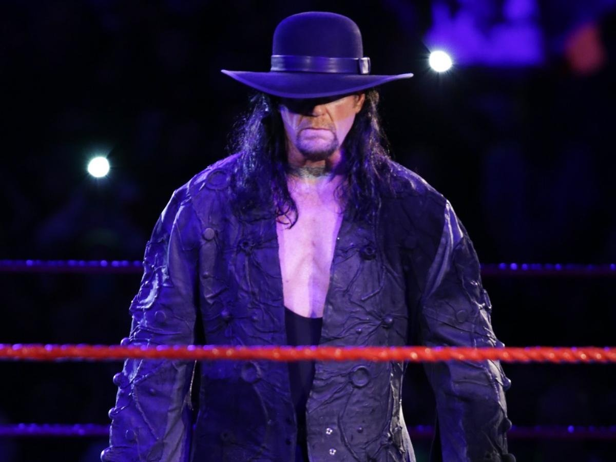 iconic-wwe-wrestler-the-undertaker-announces-his-retirement-fans-become-nostalgic
