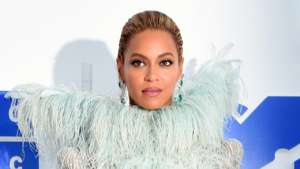 Beyonce Encourages Protesters To 'Remain Aligned And Focused' Amid The Fight Against Racial Inequality!
