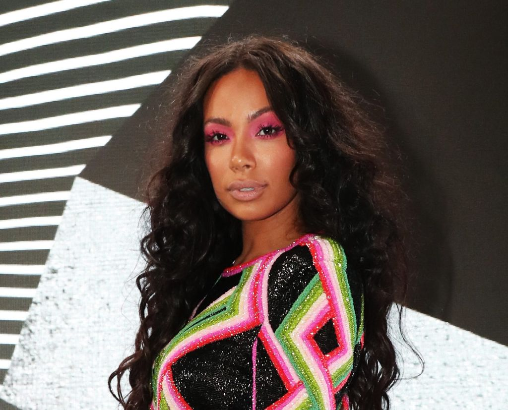 Erica Mena Shows Off Her Generous Curves In Skims - Check Out This Thirst Trap In Bed!