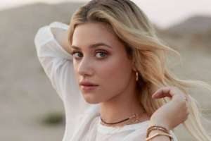 Lili Reinhart Apologizes To Fans After Posting Topless Photo In Support Of Breonna Taylor