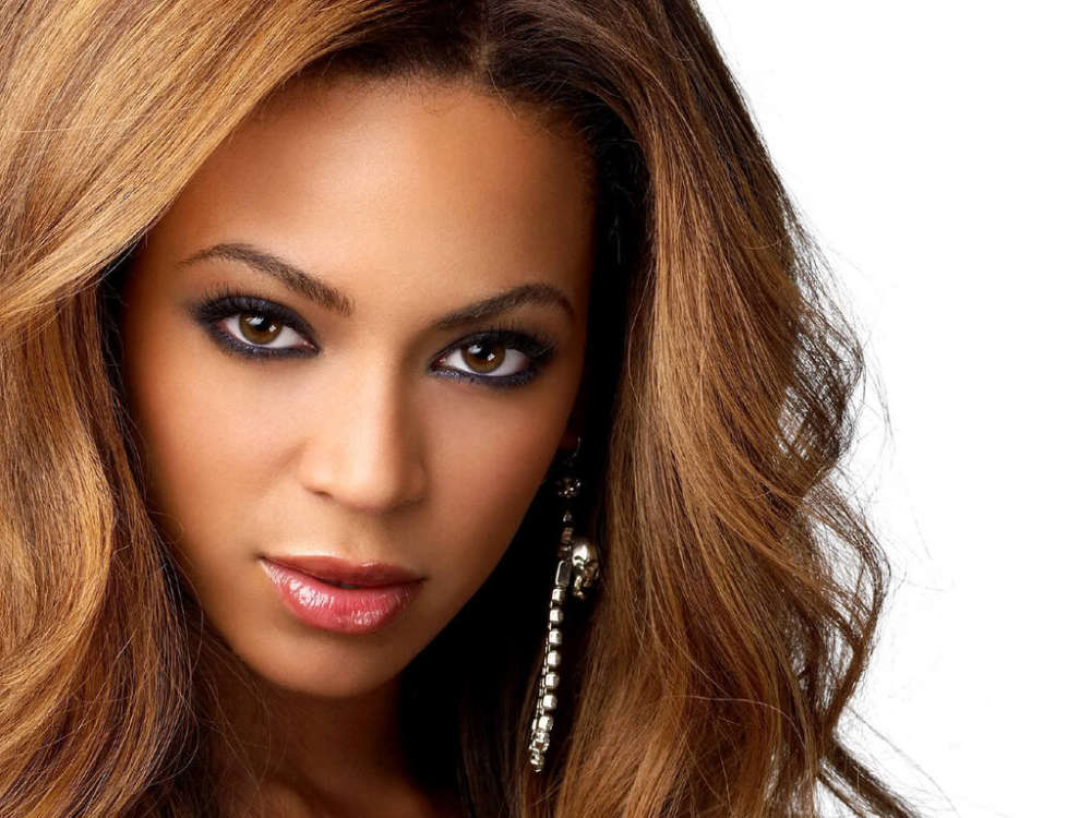 beyonces-mom-tina-knowles-urges-congress-to-pass-heroes-act