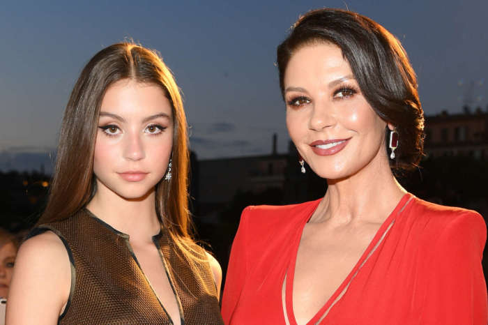 Catherine Zeta-Jones' 17-Year-Old Daughter Carys Stuns In New Pic And Fans Can't Get Over How Much She Looks Like Her Mom!