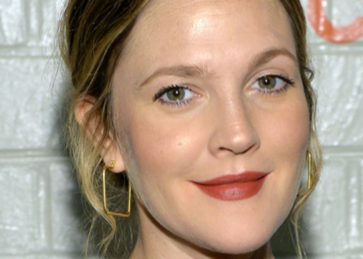 drew-barrymore-is-getting-her-own-talk-show