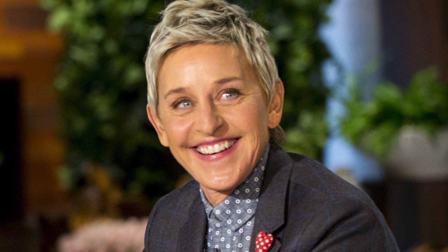 """ellen-degeneres-11-talk-show-employees-come-forward-about-the-toxic-work-environment-they-have-experienced"""