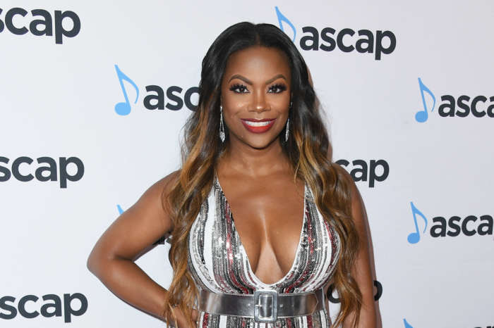 Kandi Burruss Shocks Some Fans With This Video For National Lipstick Day!