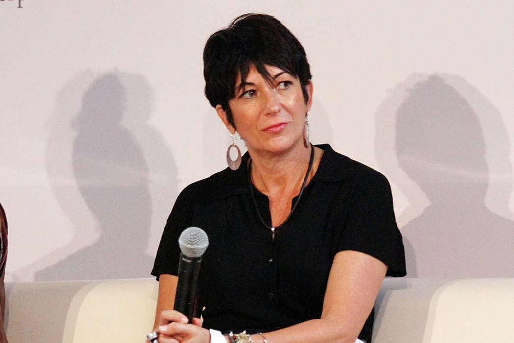 ghislaine-maxwell-reportedly-photographed-underaged-girls-without-clothes-and-kept-the-pictures-as-trophies