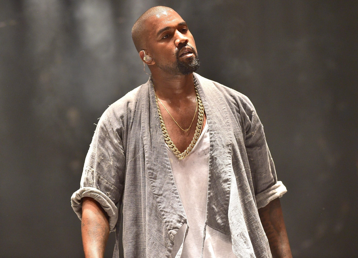 Kanye West's Family And Friends Are Reportedly Concerned About Him
