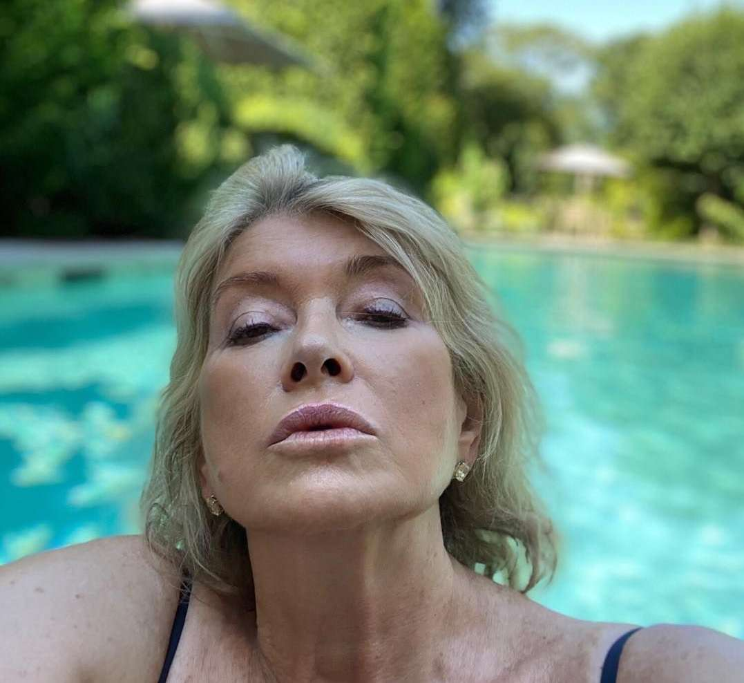"""""""martha-stewart-says-she-got-14-proposals-on-the-day-she-posted-that-sultry-pool-pic"""""""