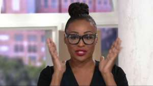 Cynthia Bailey Talks About MakeUp And Shows Fans How She Kicked Off Her Weekend