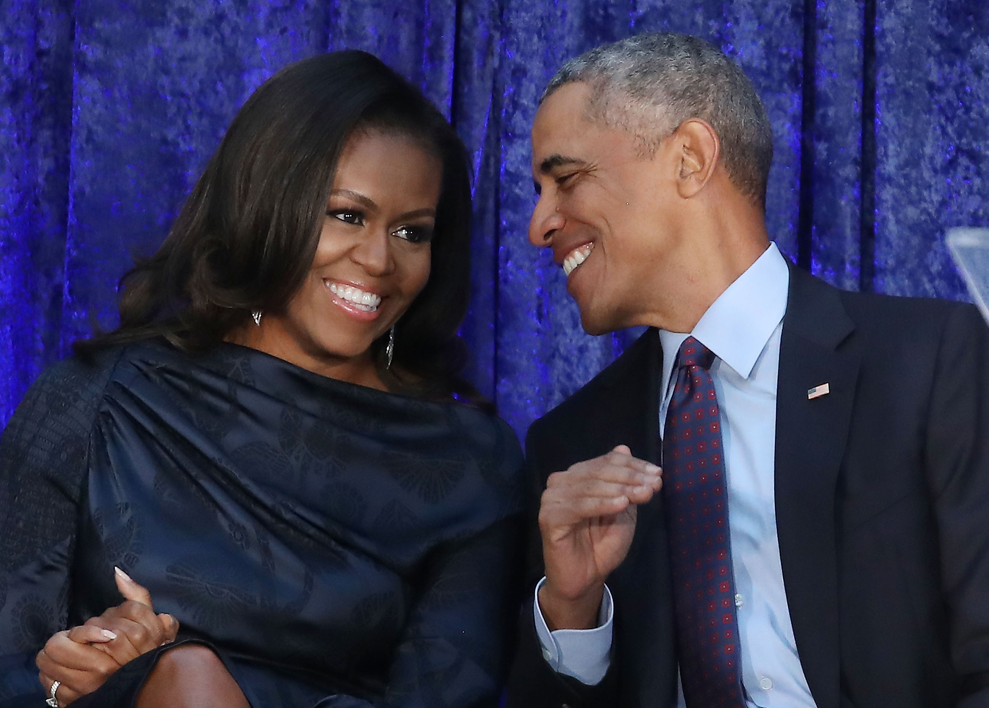 """michelle-obama-recalls-the-first-thing-that-made-her-fall-in-love-with-barack-obama"""