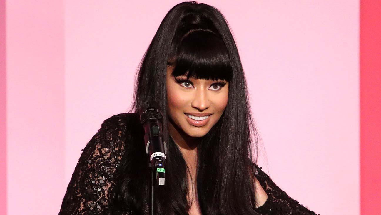 nicki-minaj-puts-her-baby-bump-on-display-in-behind-the-scenes-clip-of-her-new-music-video