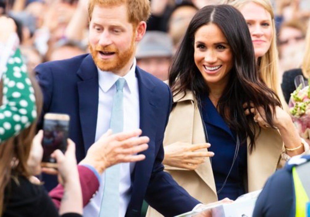 Ryan Reynolds Jokes About Prince Harry and Meghan Markle's Royal Exit