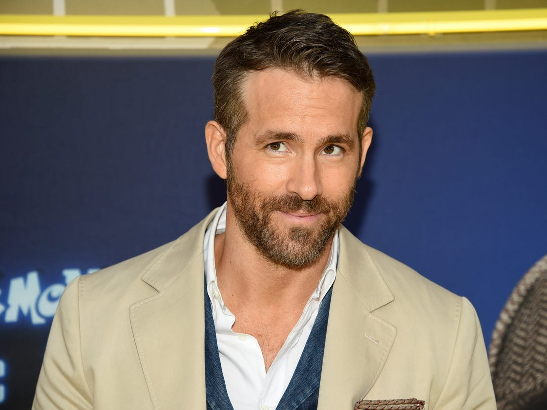 ryan-reynolds-offers-massive-5000-reward-for-a-womans-special-teddy-bear-to-be-returned