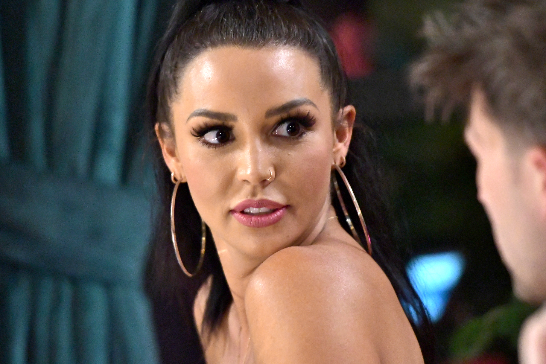 """""""scheana-shay-goes-too-far-with-the-self-tanner-claps-back-at-people-accusing-her-of-blackfishing-in-new-pic"""""""