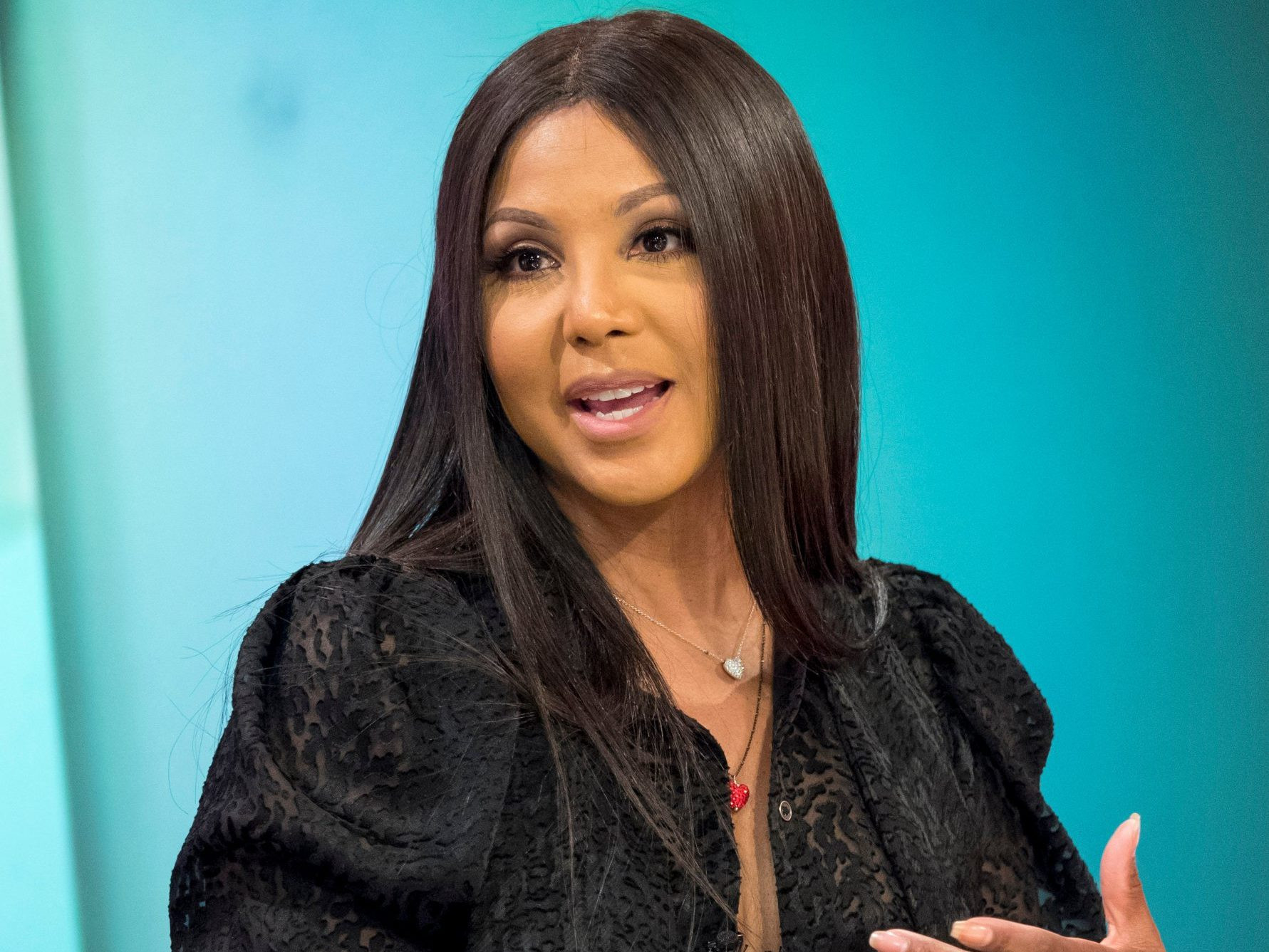 """""""toni-braxton-makes-fans-happy-with-a-jaw-dropping-throwback-photo"""""""
