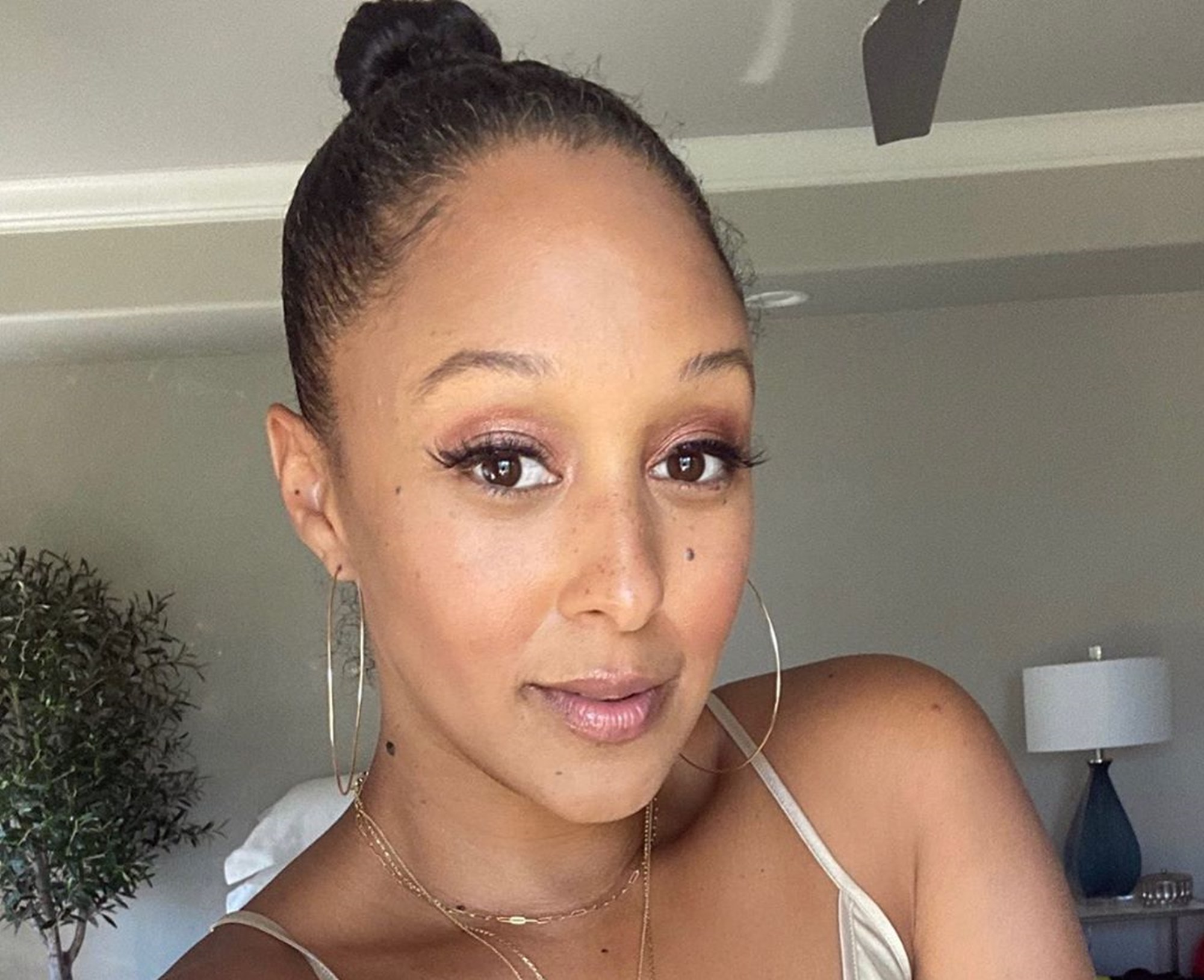 """tamera-mowry-housley-shares-breathtaking-photo-while-going-through-a-life-changing-decision"""