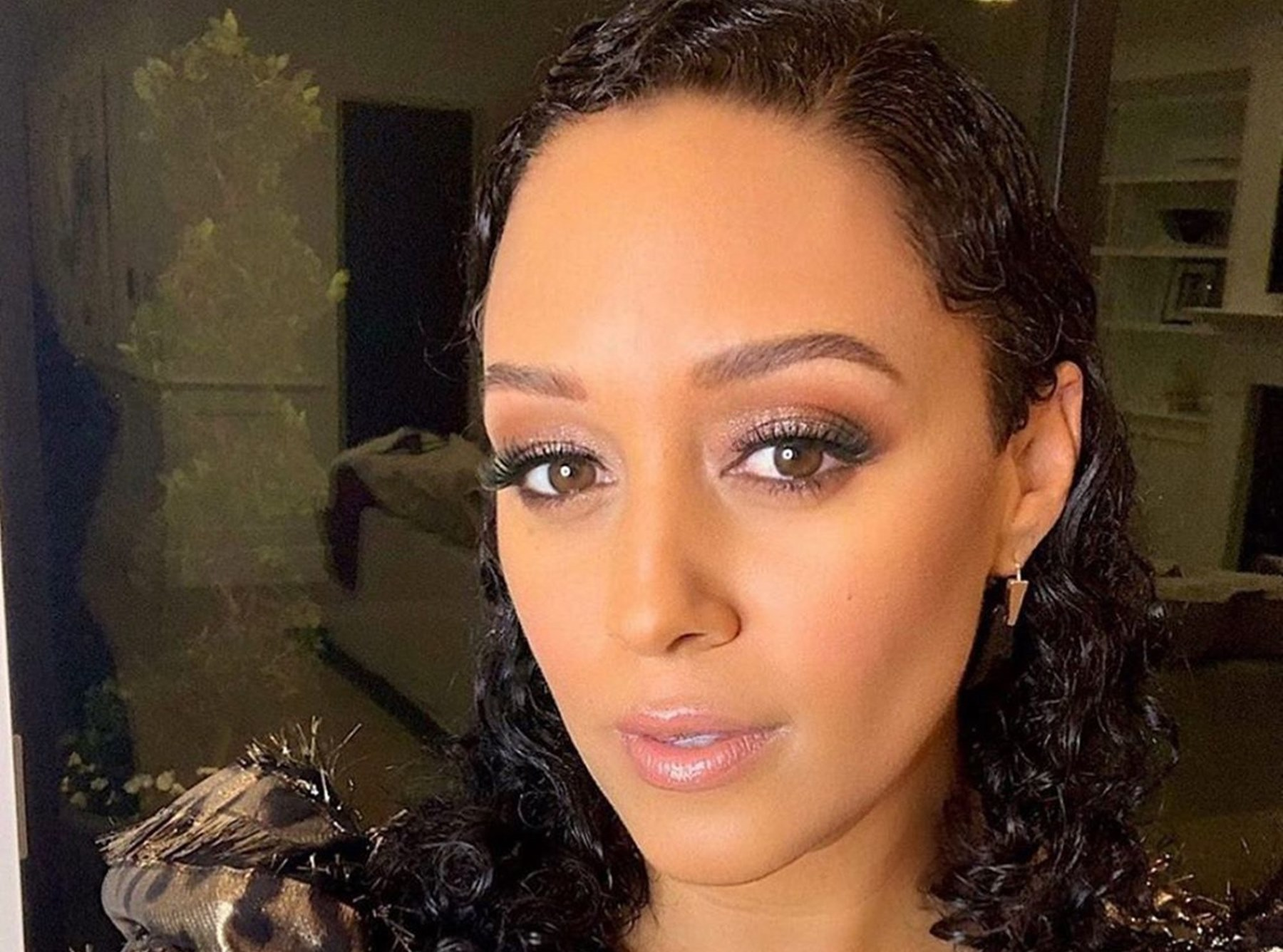 tia-mowry-hardrict-explains-how-she-is-coping-with-the-many-pains-she-has-gone-through-in-2020-with-a-beautiful-message-inspired-by-cairo