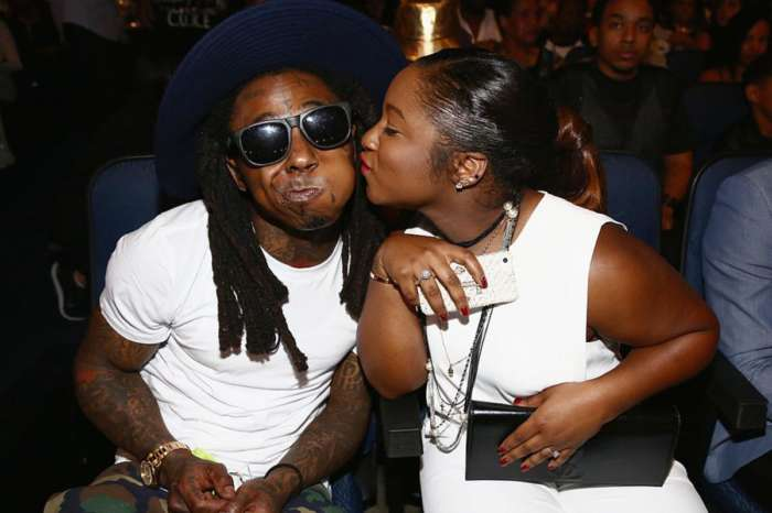 Lil Wayne's Daughter, Reginae Carter Shows Off Her Insanely Toned Body And Makes Fans Excited