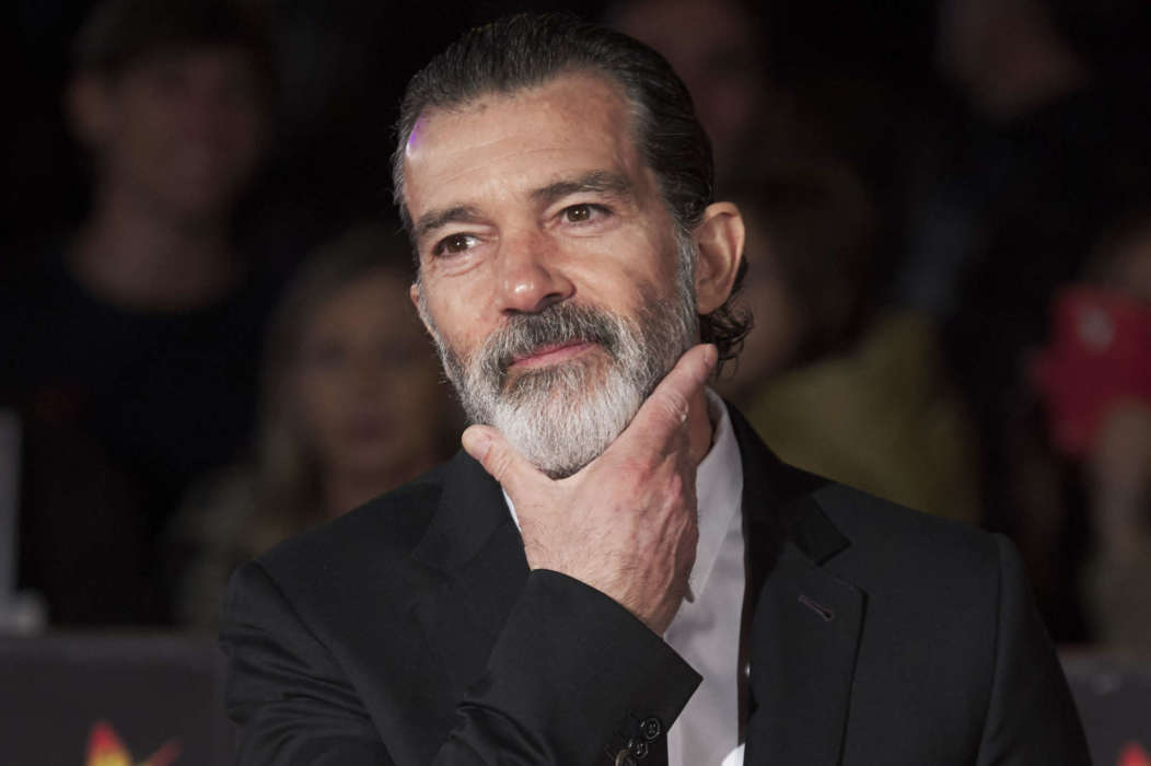antonio-banderas-reveals-he-has-officially-recovered-from-covid-19