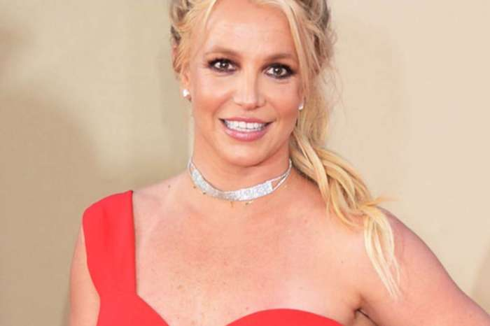 Britney Spears Dances Intensely To Work On Her Body But Says She Loves Food Too Much - Check Out The Vid!