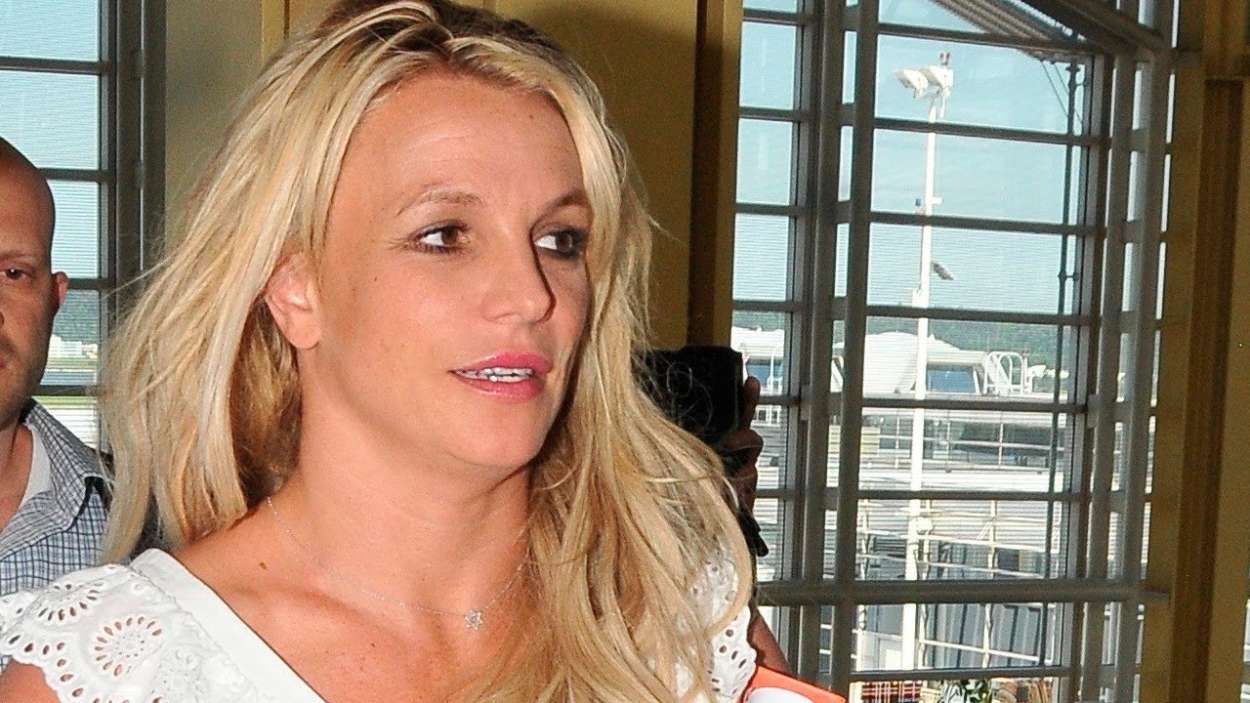 former-britney-spears-husband-jason-allen-alexander-says-hes-involved-in-spears-life-a-decade-later