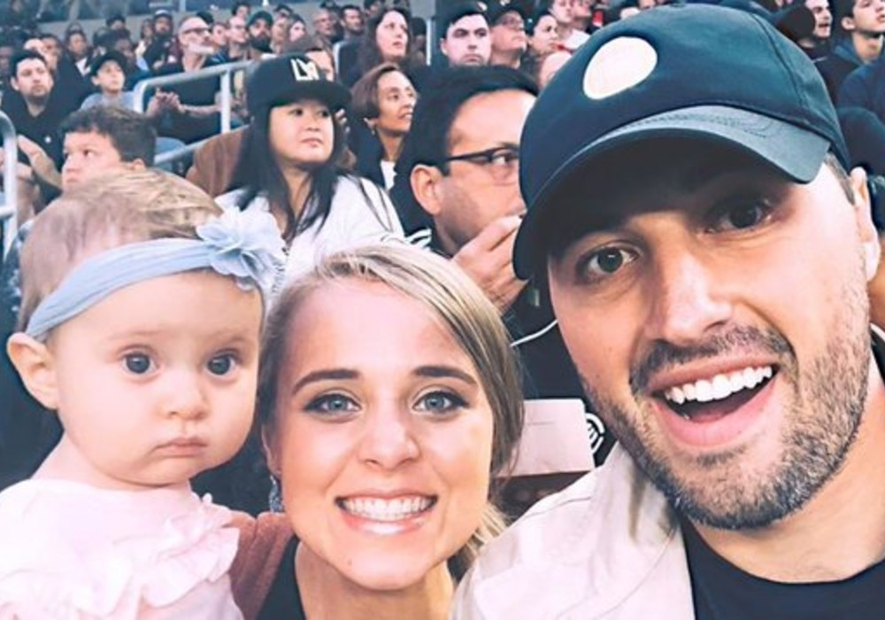 counting-on-jeremy-vuolo-gushes-over-pregnant-wife-jinger-duggar-in-new-instagram-post