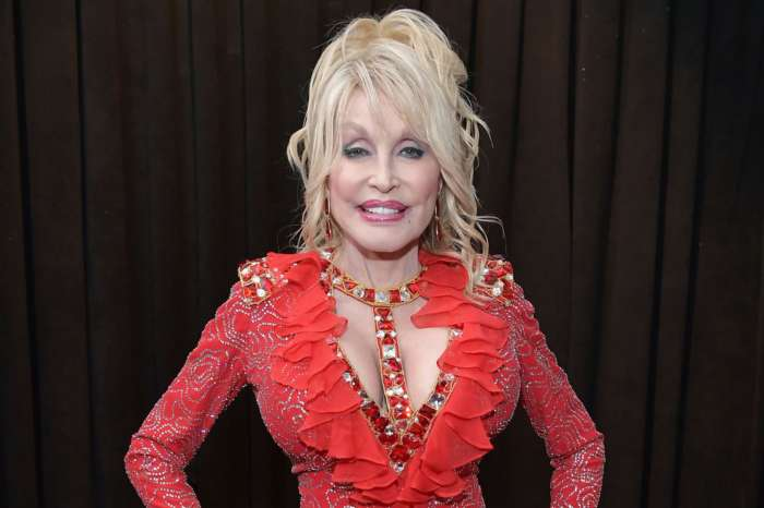 Dolly Parton Shows Support To The BLM Movement With Inspiring Message!