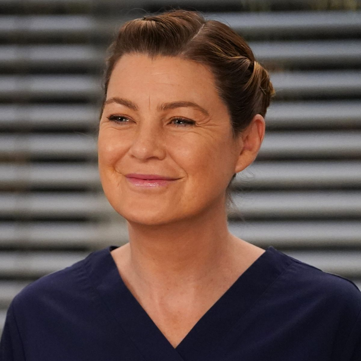 """ellen-pompeo-50-gets-candid-about-aging-on-screen-during-greys-anatomys-16-seasons-admits-its-not-so-fun-and-talks-plans-to-leave"""