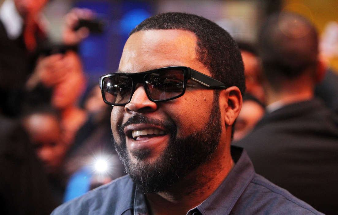 ice-cube-asks-whats-in-it-for-black-people-amid-closure-of-democratic-national-convention