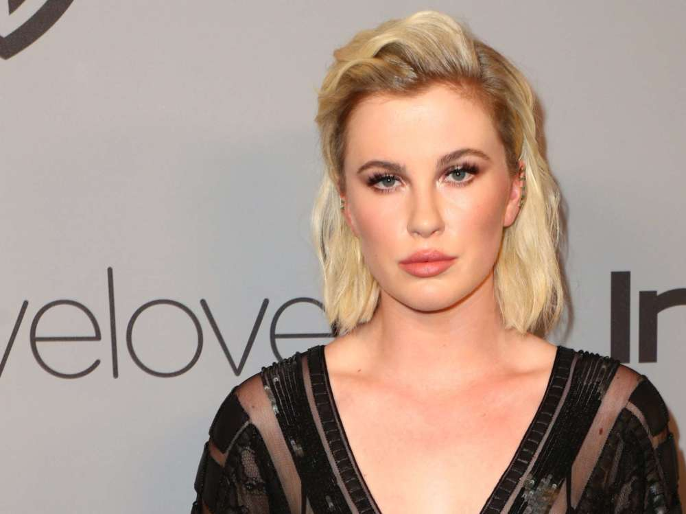 """""""ireland-baldwin-says-she-was-robbed-by-a-woman-who-was-high-out-of-her-mind"""""""