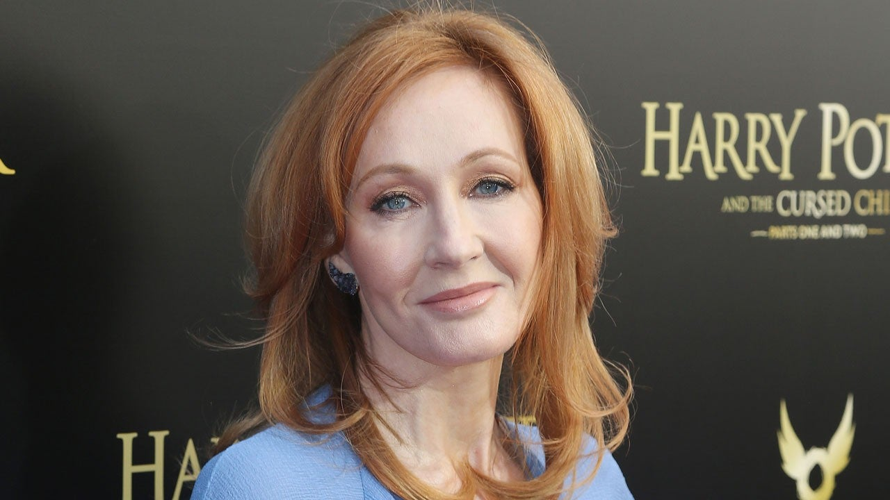 j-k-rowling-gives-back-human-rights-award-and-defends-herself-after-kerry-kennedy-comments-on-her-transphobic-views