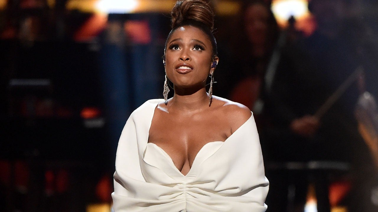 """""""jennifer-hudson-pays-tribute-to-legend-aretha-franklin-on-the-2nd-anniversary-of-her-passing"""""""