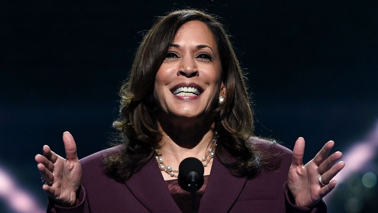 kamala-harris-accepts-vice-president-nomination-honors-her-late-mother-in-her-speech