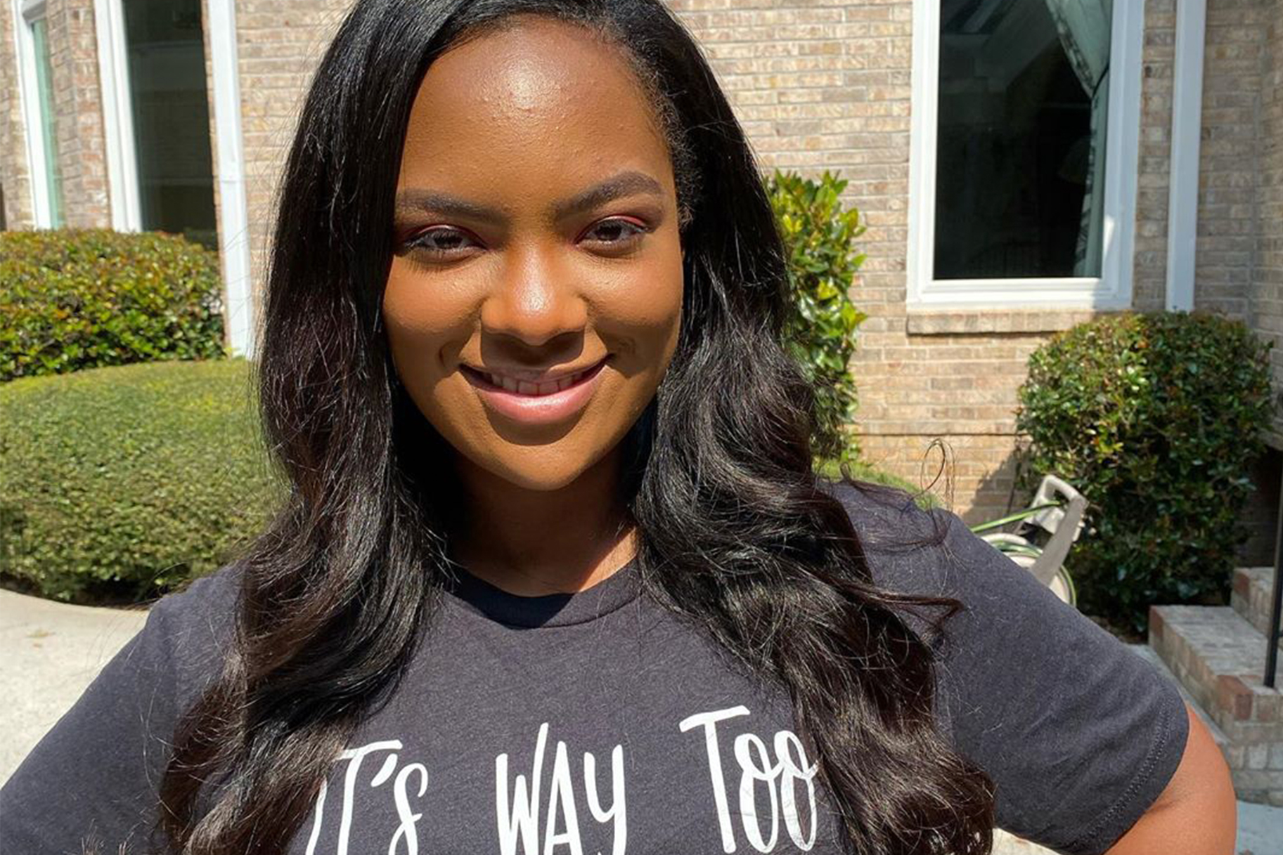 riley-burruss-shows-fans-her-nose-job-and-while-kandi-loves-the-result-lots-of-fans-criticize-it