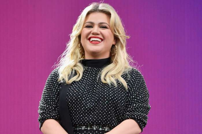 Kelly Clarkson Hater Blames Her Marriage Failing On Her Working Too Much And The Singer Responds!