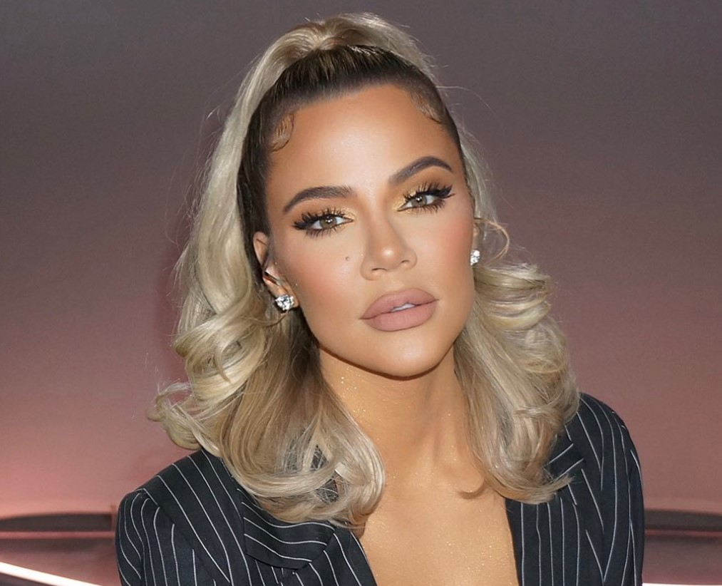 """""""kuwtk-viewer-calls-out-khloe-kardashian-for-having-her-photo-edited-on-instagram-the-side-by-side-photos-are-painful-to-watch"""""""