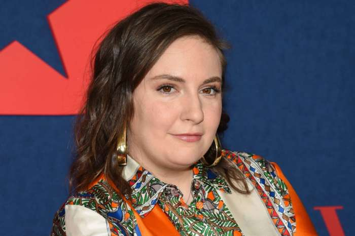 Lena Dunham Says She Wrestled With The Coronavirus In March